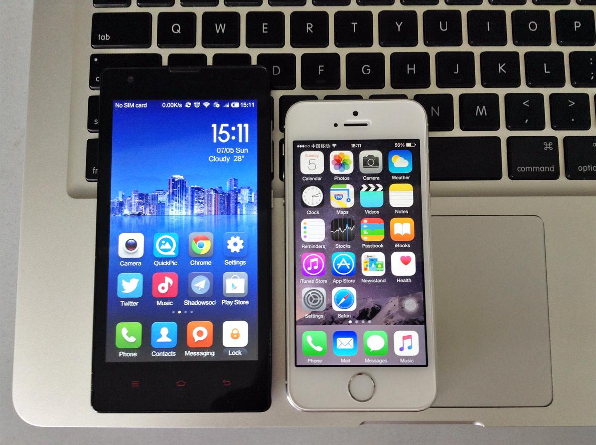 Xiaomi Redmi 1 and iPhone 5s